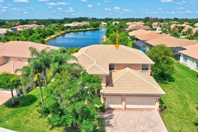 1553 SE Conference Circle, Stuart, FL 34997 (#RX-10714181) :: Michael Kaufman Real Estate