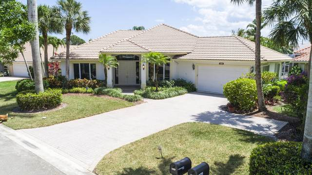 5111 SE Lost Lake Way, Hobe Sound, FL 33455 (#RX-10714185) :: DO Homes Group