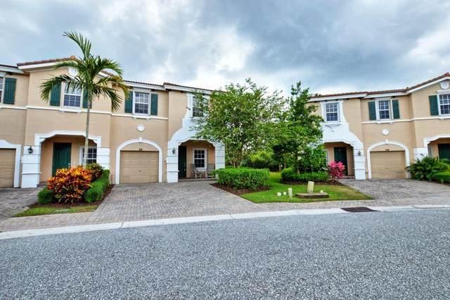 116 SW Otter Run Place, Stuart, FL 34997 (#RX-10714260) :: Real Treasure Coast