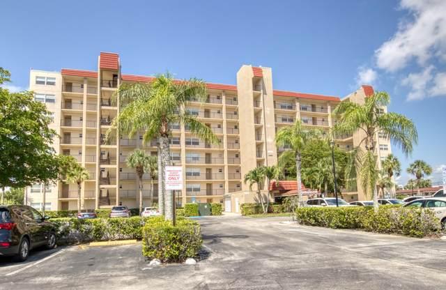 3465 Via Poinciana #405, Lake Worth, FL 33467 (#RX-10714572) :: Baron Real Estate