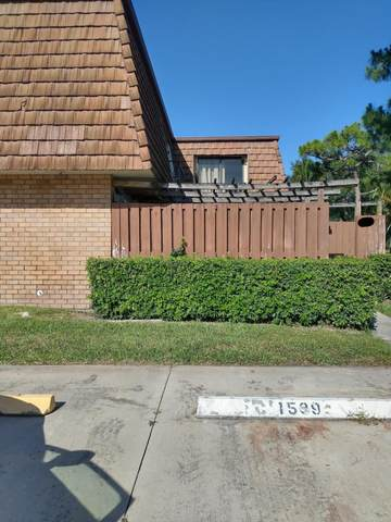 2423 24th Ln, Greenacres, FL 33463 (MLS #RX-10714612) :: Berkshire Hathaway HomeServices EWM Realty