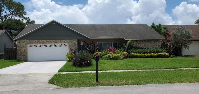 8244 Winnipesaukee Way, Lake Worth, FL 33467 (#RX-10714907) :: Posh Properties