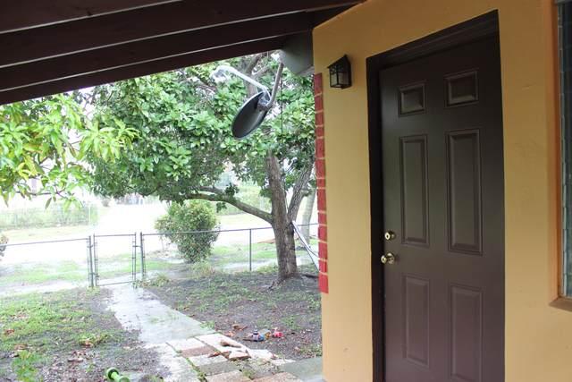 1624 44th Street, West Palm Beach, FL 33407 (#RX-10714945) :: Posh Properties