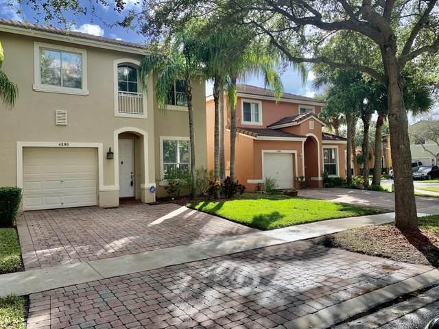4290 Lake Lucerne Circle, West Palm Beach, FL 33409 (#RX-10715137) :: Posh Properties