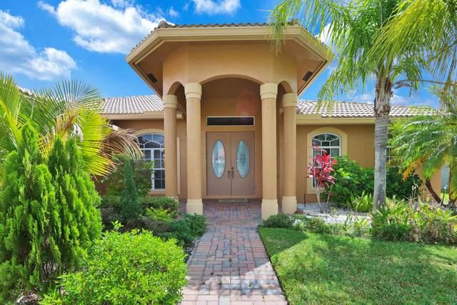 353 SW Quiet Woods, Port Saint Lucie, FL 34953 (#RX-10715481) :: Michael Kaufman Real Estate