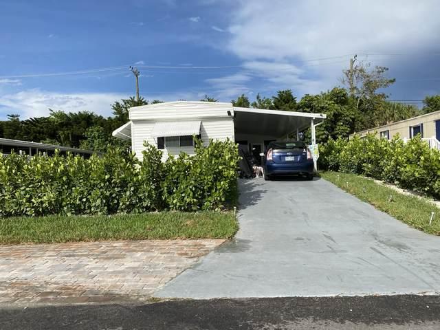 8121 SE Homestead Avenue, Hobe Sound, FL 33455 (MLS #RX-10715551) :: Castelli Real Estate Services