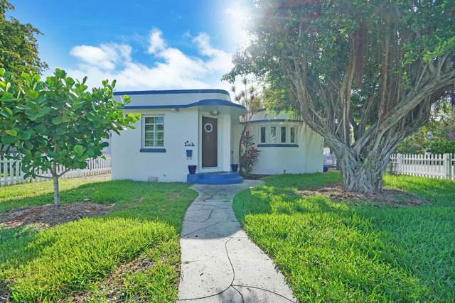 330 S Palmway, Lake Worth Beach, FL 33460 (#RX-10715920) :: Ryan Jennings Group