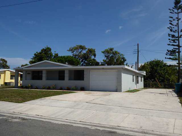 554 NW 11th Avenue, Boynton Beach, FL 33435 (MLS #RX-10715949) :: Miami Villa Group