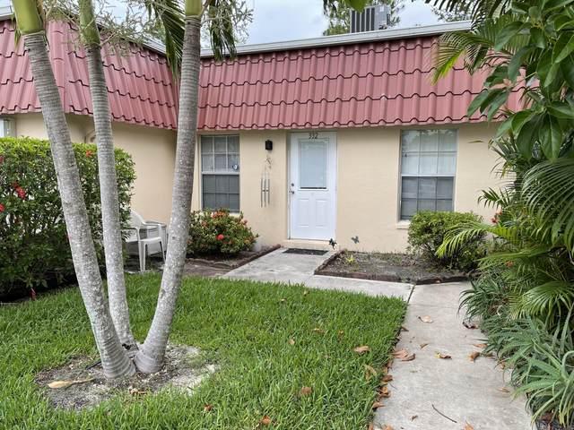 332 Cape Cod Circle, Lake Worth, FL 33467 (#RX-10716045) :: Signature International Real Estate