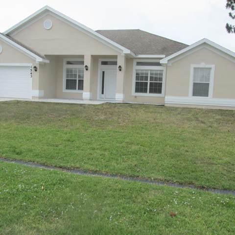 1543 SE Saxony Street, Port Saint Lucie, FL 34983 (#RX-10716114) :: Michael Kaufman Real Estate