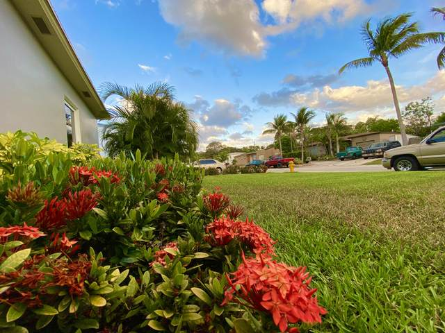 1728 12th Avenue N, Lake Worth, FL 33460 (#RX-10716471) :: Signature International Real Estate