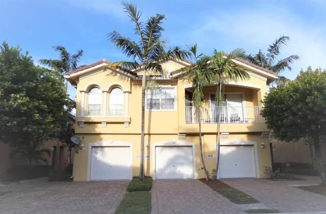 2914 Carvelle Drive, Riviera Beach, FL 33404 (#RX-10716480) :: Signature International Real Estate