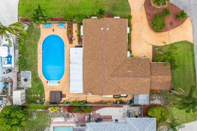5156 SE Manatee Terrace, Stuart, FL 34997 (#RX-10716562) :: Michael Kaufman Real Estate