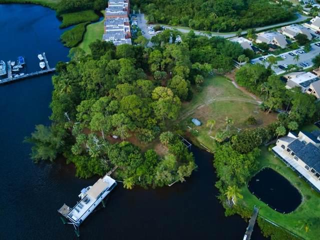 1033 SE Mitchell Avenue, Port Saint Lucie, FL 34952 (#RX-10716675) :: Michael Kaufman Real Estate