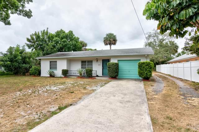 2363 De Soto Avenue, Vero Beach, FL 32960 (#RX-10716900) :: The Reynolds Team   Compass
