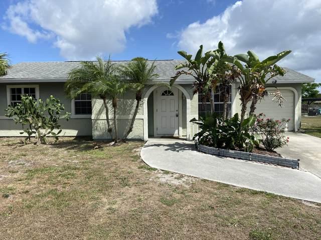 1941 SE Wheeling Lane, Port Saint Lucie, FL 34952 (MLS #RX-10717110) :: Dalton Wade Real Estate Group