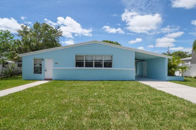 410 Cypress Drive, Lake Park, FL 33403 (#RX-10717155) :: Michael Kaufman Real Estate