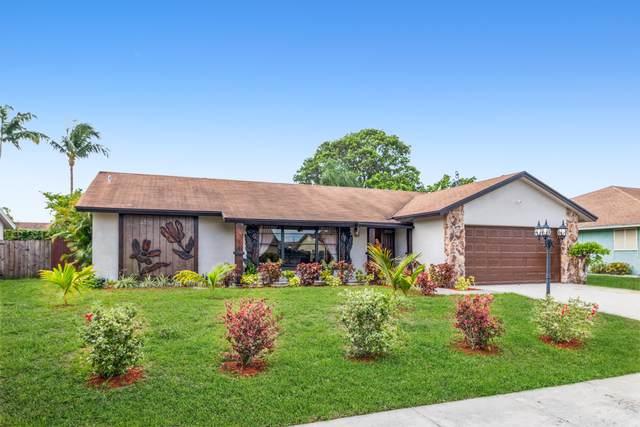 5386 Guildcrest Street, Lake Worth, FL 33463 (#RX-10717354) :: Michael Kaufman Real Estate