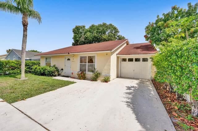 5665 Priscilla Lane, Lake Worth, FL 33463 (#RX-10717428) :: Michael Kaufman Real Estate