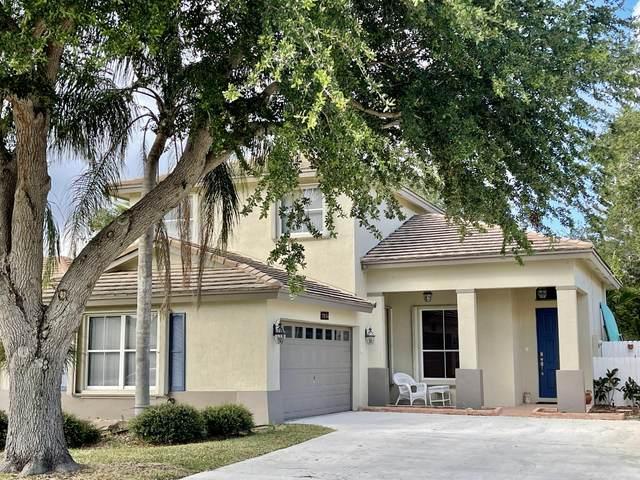 7834 Manor Forest Boulevard, Boynton Beach, FL 33436 (#RX-10717565) :: Michael Kaufman Real Estate