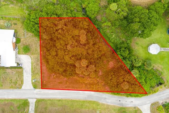 702 French Creek Lane, Fort Pierce, FL 34982 (#RX-10717796) :: Michael Kaufman Real Estate