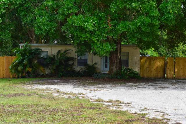 1334 NE 39th Boulevard, Okeechobee, FL 34972 (#RX-10718075) :: Michael Kaufman Real Estate