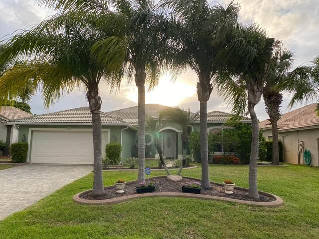 532 NW Waverly Circle, Port Saint Lucie, FL 34983 (#RX-10718284) :: Michael Kaufman Real Estate