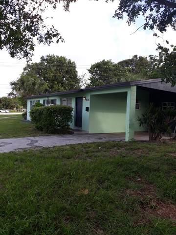 904 W Jasmine Drive, Lake Park, FL 33403 (MLS #RX-10718702) :: Castelli Real Estate Services