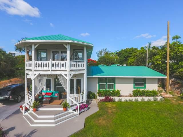 12417 S Indian River Drive, Jensen Beach, FL 34957 (MLS #RX-10718754) :: The Paiz Group