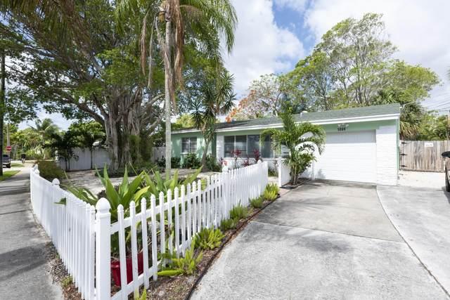 5009 Spruce Avenue, West Palm Beach, FL 33407 (#RX-10718881) :: Michael Kaufman Real Estate
