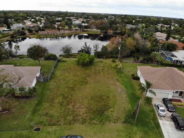 2349 SE Grand Drive, Port Saint Lucie, FL 34952 (#RX-10719036) :: Heather Towe | Keller Williams Jupiter