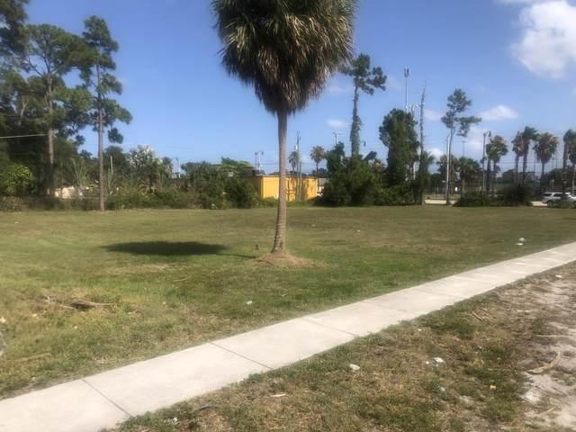 3130 Perry Avenue, Greenacres, FL 33463 (#RX-10719077) :: Michael Kaufman Real Estate