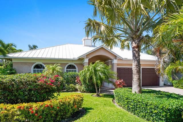 218 Sandal Lane, Palm Beach Shores, FL 33404 (MLS #RX-10719327) :: Berkshire Hathaway HomeServices EWM Realty