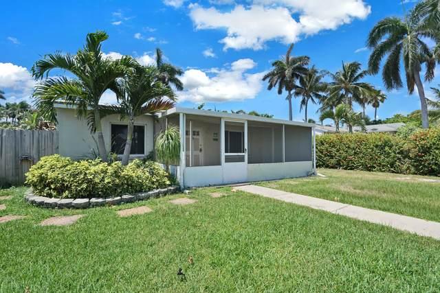 640 Oak Street, Boynton Beach, FL 33435 (#RX-10719371) :: Michael Kaufman Real Estate
