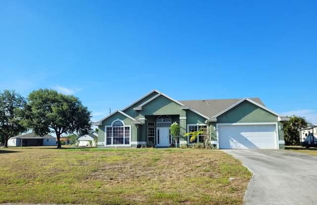 565 SW Dalton Circle, Port Saint Lucie, FL 34953 (#RX-10719389) :: Michael Kaufman Real Estate