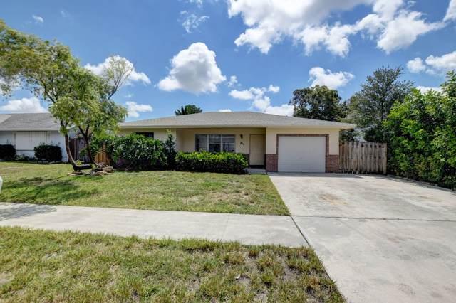 324 SW 34th Terrace, Deerfield Beach, FL 33442 (#RX-10720144) :: Michael Kaufman Real Estate