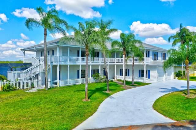 1001 SE Kitching Cove Lane, Port Saint Lucie, FL 34952 (#RX-10720287) :: The Reynolds Team | Compass