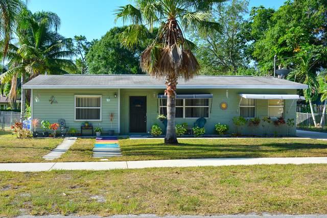 1096 SW All American Bv, Palm City, FL 34990 (#RX-10720306) :: Michael Kaufman Real Estate