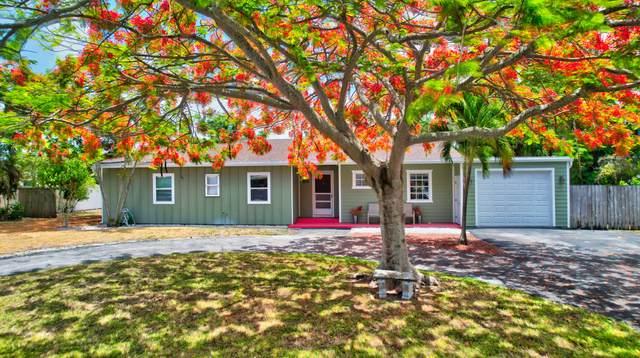 218 S Seacrest Circle, Delray Beach, FL 33444 (#RX-10720833) :: Michael Kaufman Real Estate