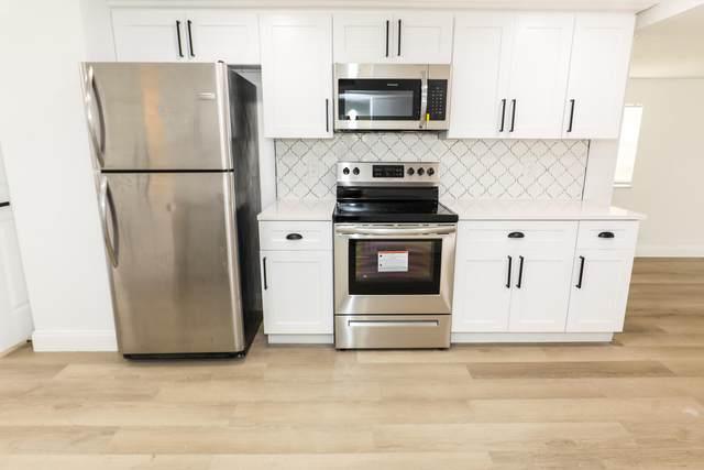 1021 S 14th Place, Lantana, FL 33462 (#RX-10721112) :: Michael Kaufman Real Estate