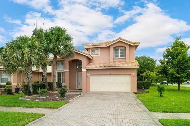 115 Sarona Circle, Royal Palm Beach, FL 33411 (#RX-10721115) :: Michael Kaufman Real Estate