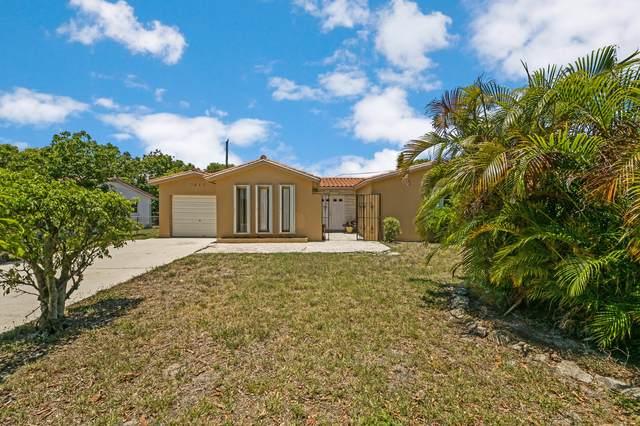 3815 N Shore Drive, West Palm Beach, FL 33407 (#RX-10721149) :: Michael Kaufman Real Estate