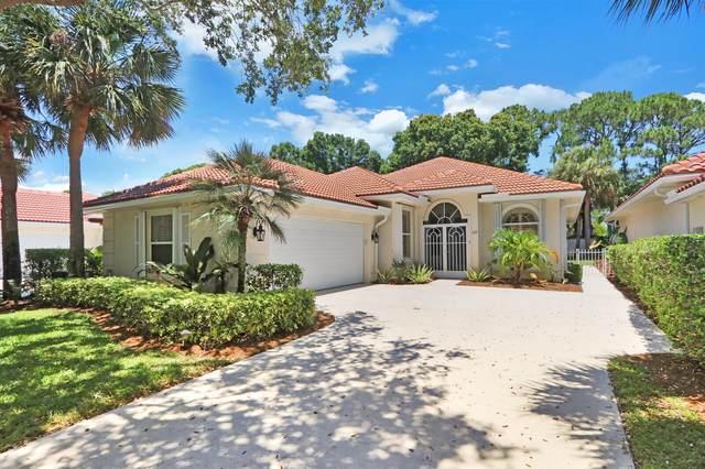 197 E Tall Oaks Circle, Palm Beach Gardens, FL 33410 (#RX-10721194) :: Michael Kaufman Real Estate