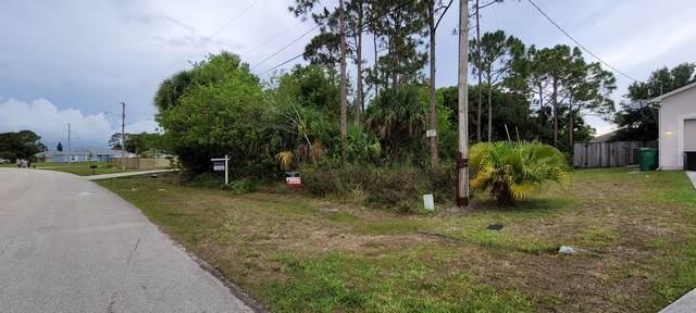 264 SW Ridgecrest Drive, Port Saint Lucie, FL 34953 (#RX-10721223) :: Michael Kaufman Real Estate