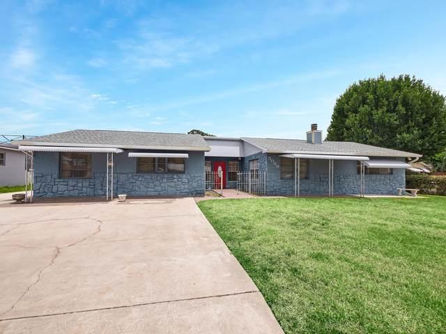 5069 SE Jack Avenue, Stuart, FL 34997 (#RX-10721224) :: Michael Kaufman Real Estate