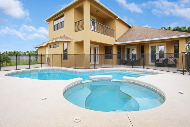372 SW Paar Drive, Port Saint Lucie, FL 34953 (#RX-10721505) :: Michael Kaufman Real Estate
