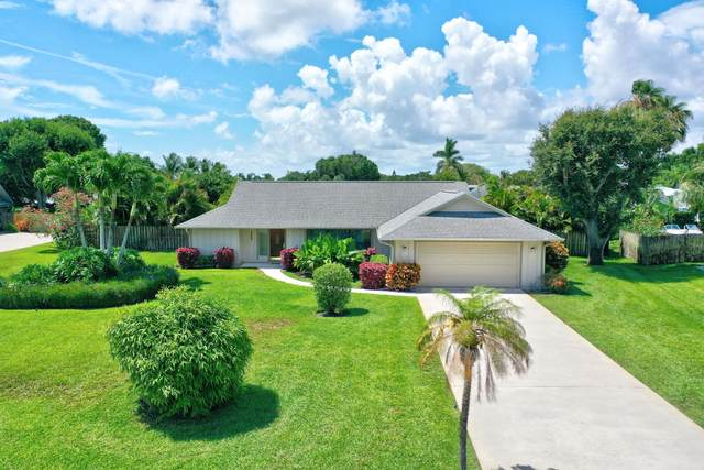 2085 NE Ocapi Court, Jensen Beach, FL 34957 (#RX-10721557) :: Michael Kaufman Real Estate