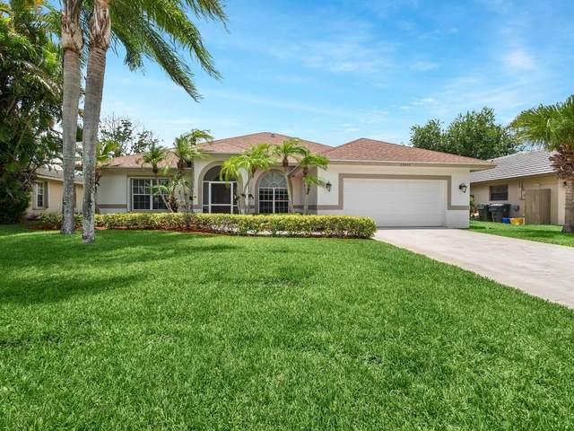 13935 Geranium Place, Wellington, FL 33414 (#RX-10721748) :: Michael Kaufman Real Estate