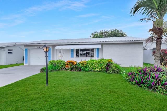 1306 SW 23rd Street, Boynton Beach, FL 33426 (#RX-10721866) :: Dalton Wade