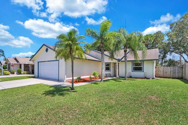 4242 SE Satinleaf Place, Stuart, FL 34997 (#RX-10722236) :: Michael Kaufman Real Estate